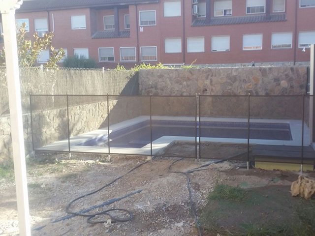Installation of Alvifence safety fence