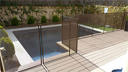 Safety fence pools